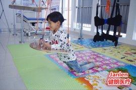 S-E-T康复设备(儿童ManBetX客户端iOS)帮助孩子矫正身姿
